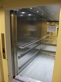 Rénovation et modernisation de cabine d'ascenseurs pour un centre de réadaptation