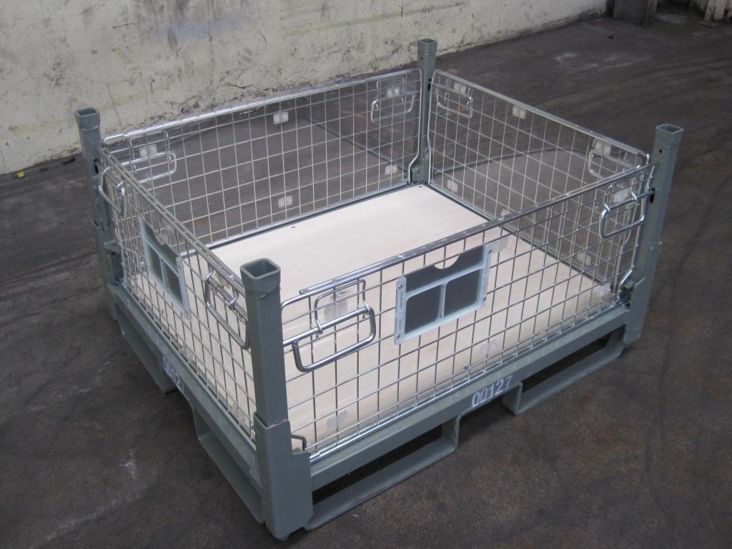 conteneur repliable avec métal et plastique 127