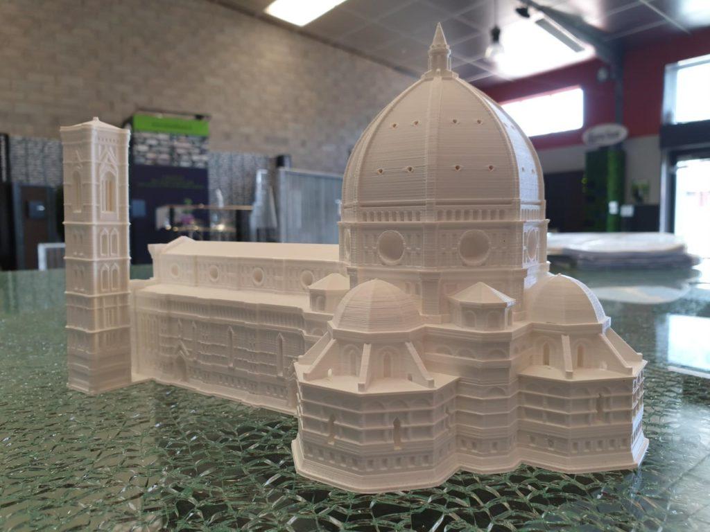 Maquette d'une cathédrale pour architecte
